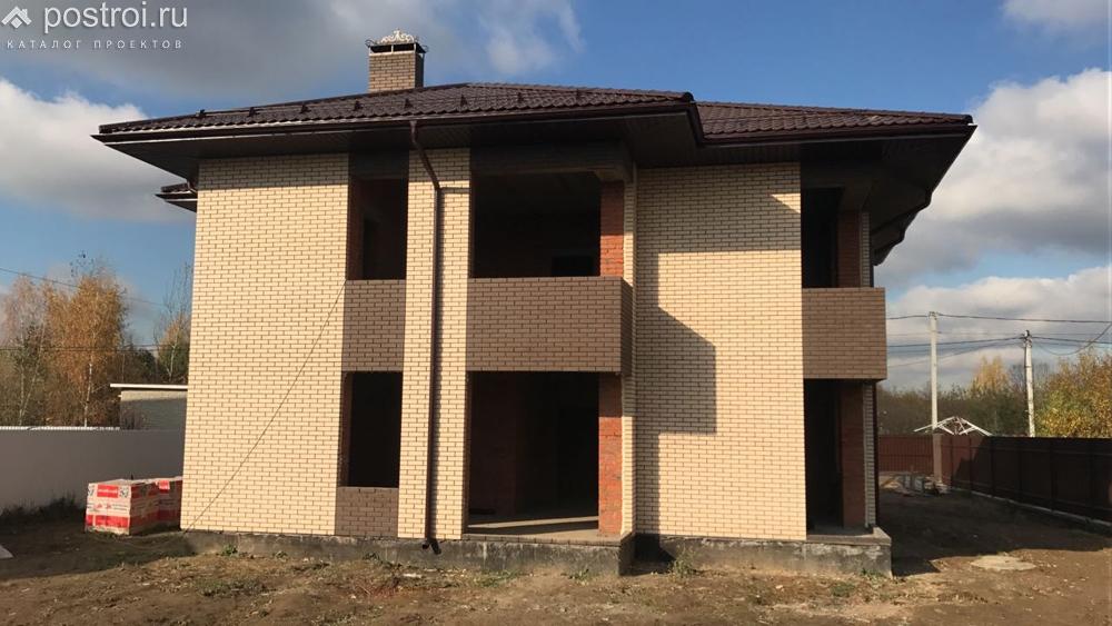 проект дома с двухместным гаражом g-253-1p